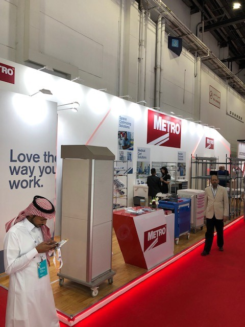 Bespoke exhibition stand for Metro at Arab Health DWTC