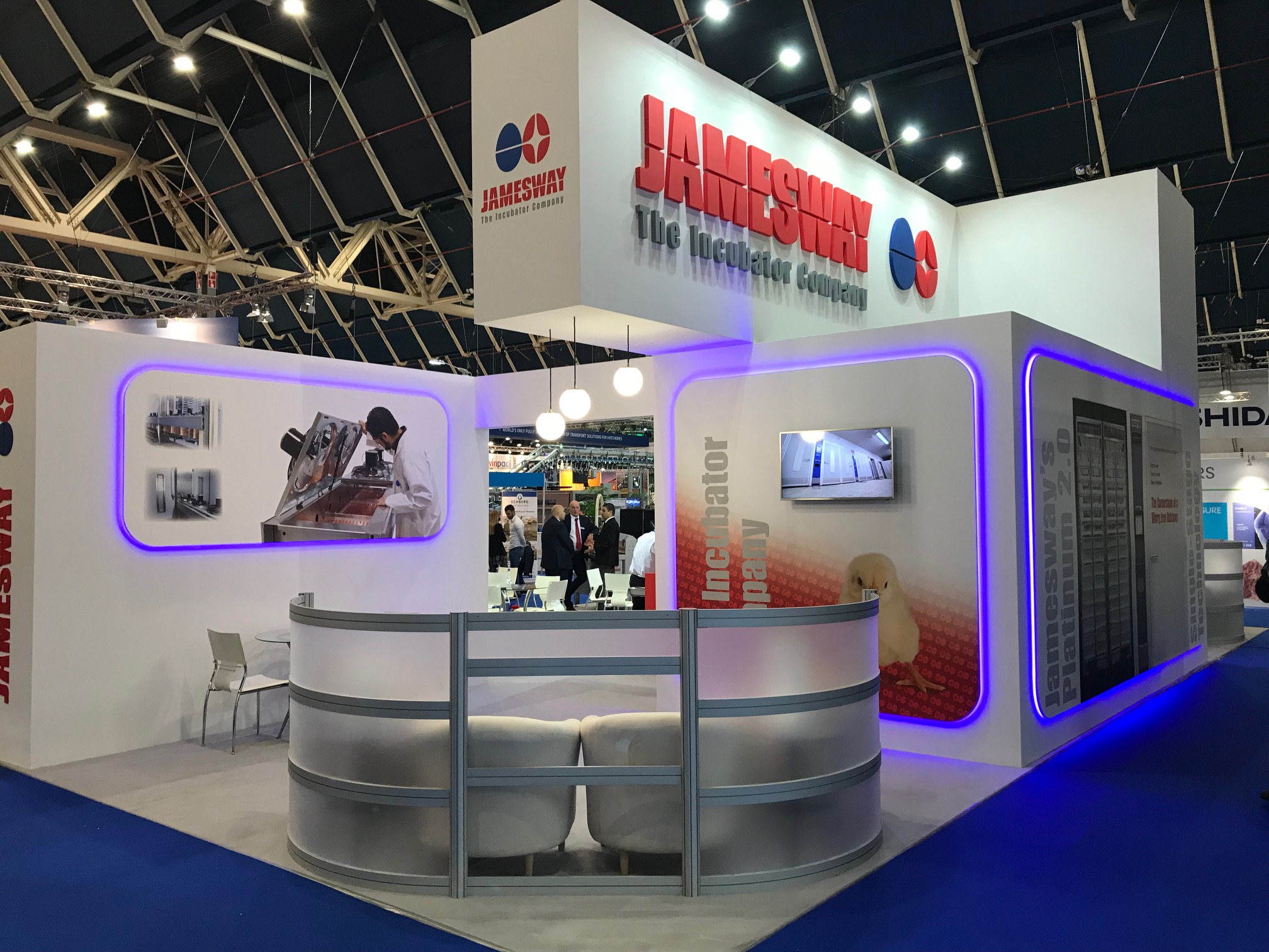 Exhibition booth design and build for Jamesway at VIV Europe Jaarbeurs Utrecht