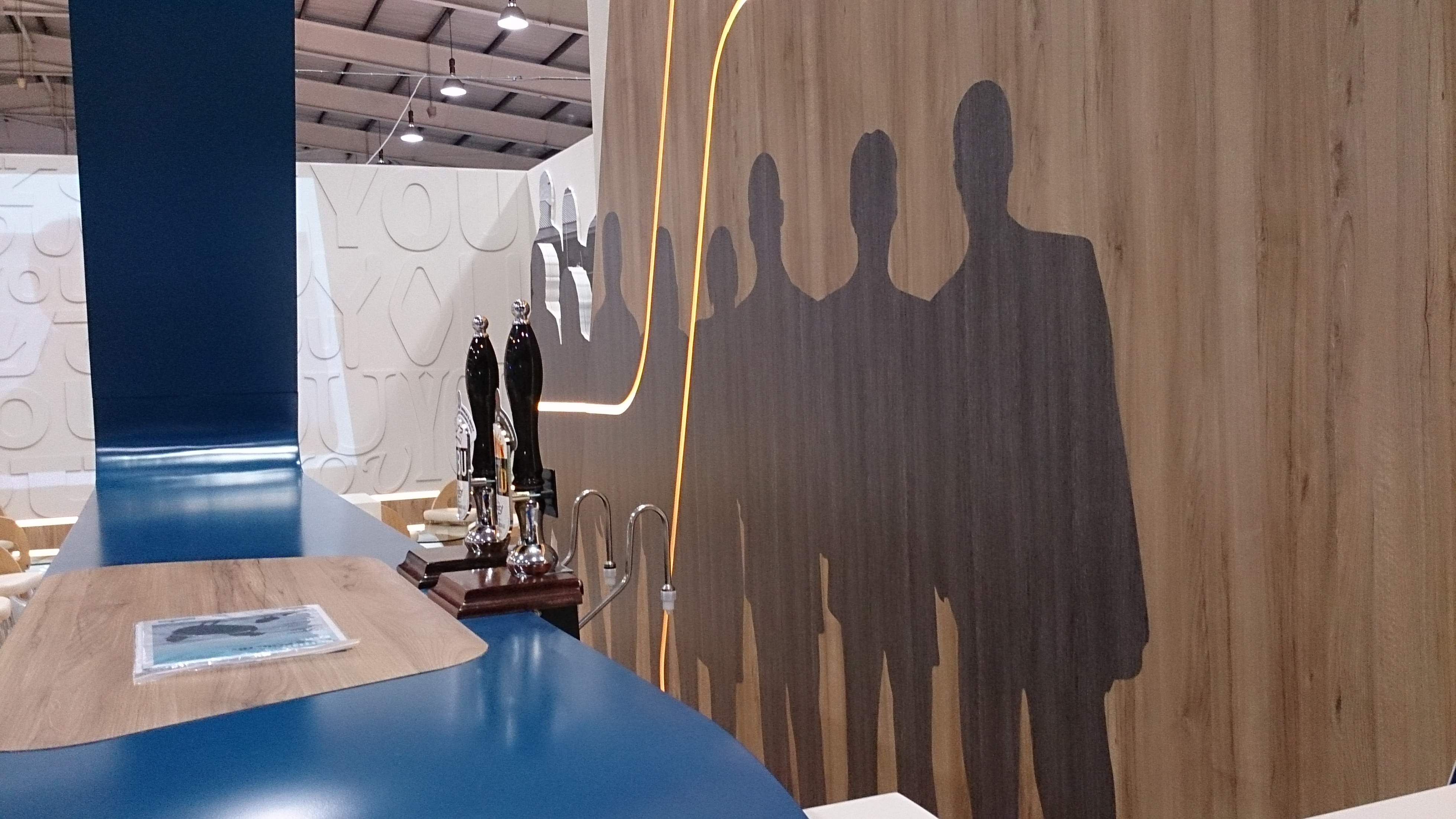 Exhibitions-stand-bar